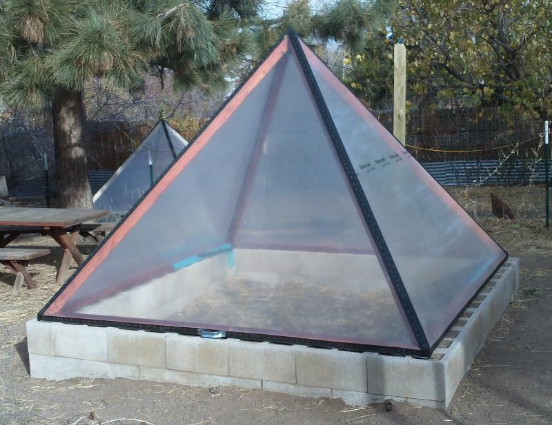 Pyramid shaped greenhouse
